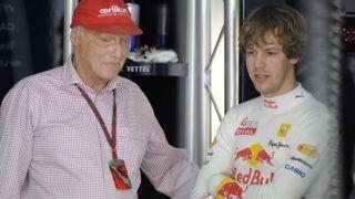 Niki Lauda died at the age of 70 Sebastian VETTEL (GER), Red Bull Racing, Bustard with Niki LAUDA (AUT), Ex Formula 1 racer, in the pits. Qualifying, Formula 1 GP of Bahrain, Motorsport, 13.03.2010. Ã,  usage worldwide