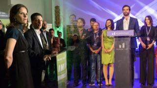 Budapest, 2014. április 7.Schiffer András (b2) és Szél Bernadett (b), a Lehet Más a Politika (LMP) társelnökei beszédet mondanak a párt eredményváróján az LMP volt belvárosi pártirodájában 2014. április 6-án.MTI Fotó: Soós Lajos