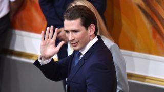 Bécs, 2019. május 27. Sebastian Kurz osztrák kancellár távozik a parlament rendkívüli ülésérõl a bécsi Hofburgban 2019. május 27-én, miután a parlament az ülésen megvonta a bizalmat a kormányától. MTI/EPA/Christian Bruna