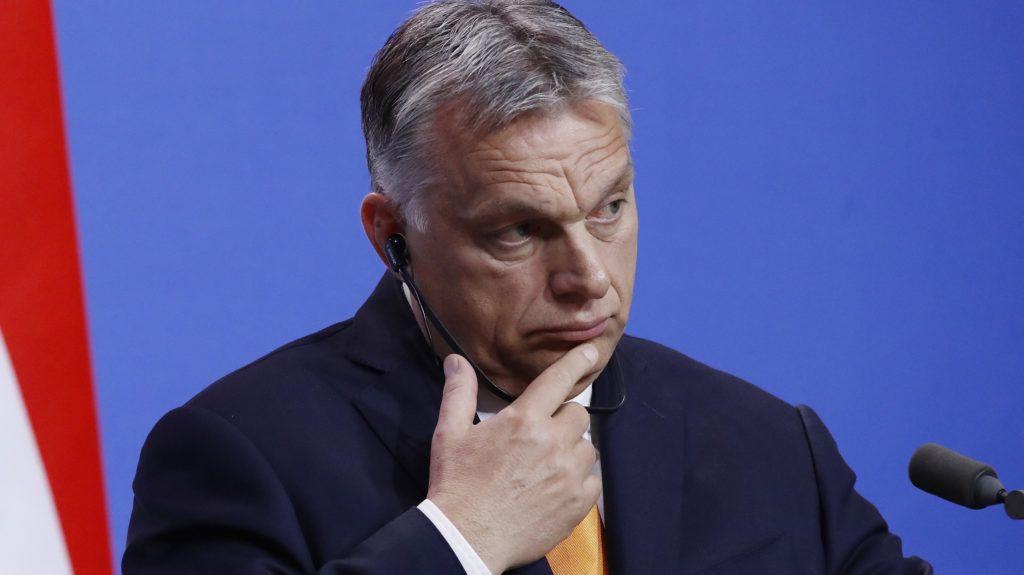 Budapest, 2019. május 2. Orbán Viktor miniszterelnök és Matteo Salvini olasz belügyminiszter, miniszterelnök-helyettes (a képen nem látható) sajtótájékoztatót tart megbeszélésüket követõen Budapesten, a Karmelita kolostorban 2019. május 2-án. MTI/Koszticsák Szilárd