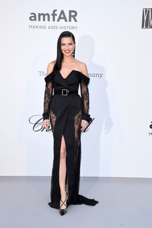 CAP D'ANTIBES, FRANCE - MAY 23: Adriana Lima attends the amfAR Cannes Gala 2019 at Hotel du Cap-Eden-Roc on May 23, 2019 in Cap d'Antibes, France. (Photo by Daniele Venturelli/Getty Images for amfAR)