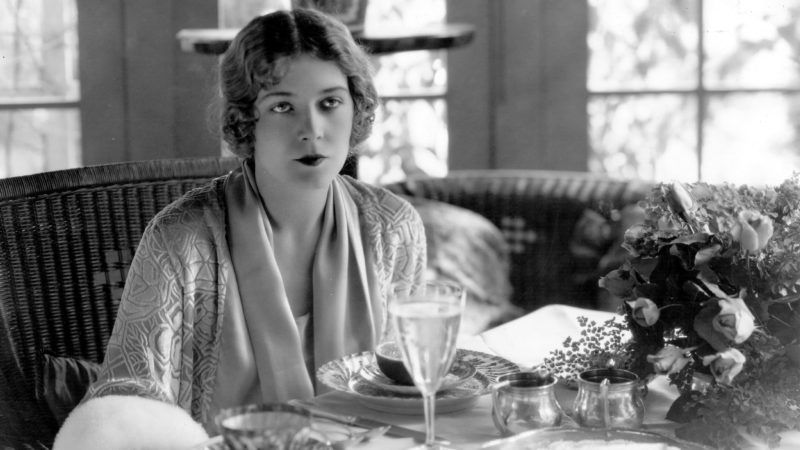circa 1930:  Austro-Hungarian actress Vilma Banky (1902-1991) at a table in her home.  (Photo by George Baxter/Hulton Archive/Getty Images)