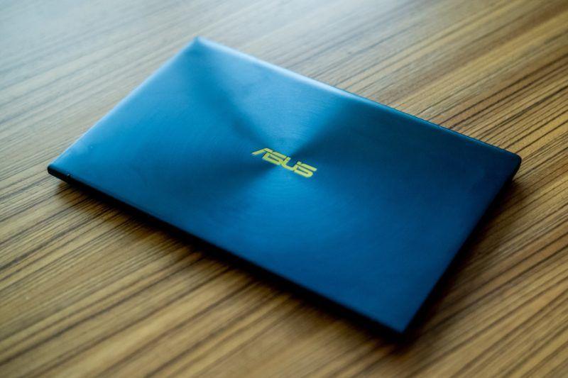 Asus Zenbook 14 laptop
