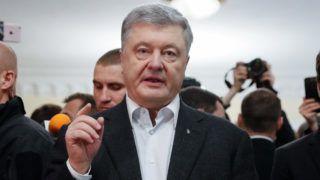 Kijev, 2019. április 21. A második államfõi mandátumára pályázó Petro Porosenko ukrán elnök, miután leadta szavazatát az ukrán elnökválasztás második fordulójában Kijevben 2019. április 21-én. MTI/EPA/Szerhij Dolzsenko