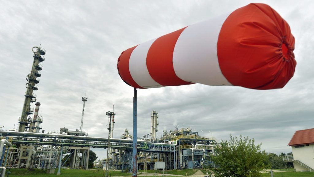 Százhalombatta, 2015. október 2.  A CLAUS-6 benzin kénmentesítõ üzem a Mol 50 éves jubileumát ünneplõ Dunai Finomítójában, Százhalombattán 2015. szeptember 28-án. MTI Fotó: Máthé Zoltán
