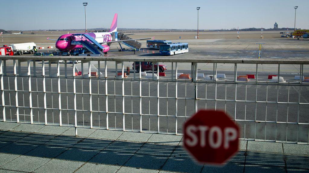 39413753fef9 Olcsó repülőjeggyel indult a brüsszeli utazás, de bukta lett belőle a  járattörlés miatt