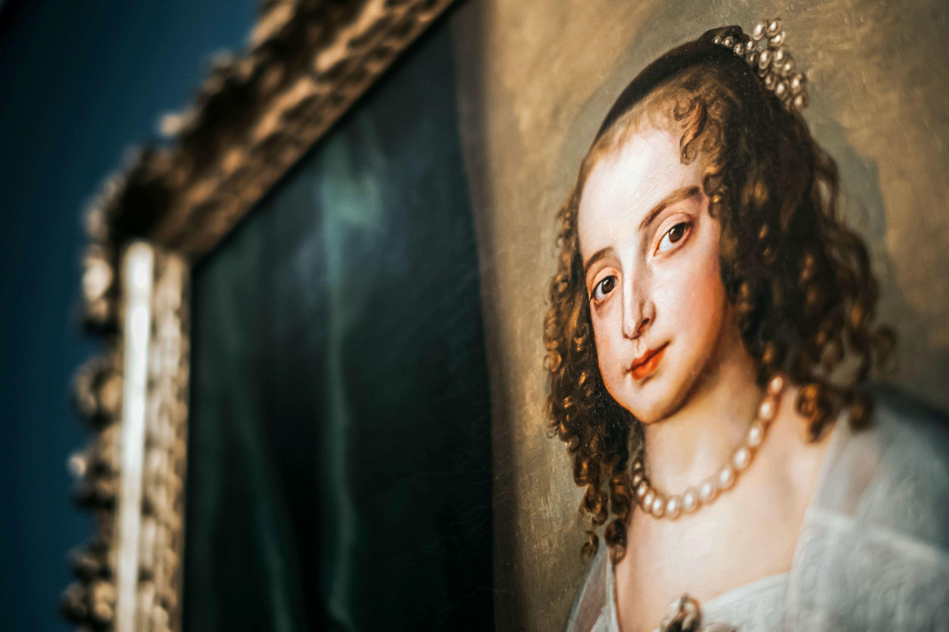 Image: 73903773, Szépművészeti Múzeum illusztrációk, legdrágább festmények. Anthonis van Dyck: Stuart Mária Henrietta hercegnő esküvői portréja, Place: Budapest, Hungary, Model Release: No or not aplicable, Property Release: Yes, Credit: smagpictures.com