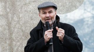 Timothy Garton Ash speaks to pro-European protesters congregating along Park Lane ahead of an anti-Brexit demonstration in central London on 23 March, 2019. Hundreds of thousands of people are expected to take part in the 'Put it to the People' march through the capital followed by a rally in Parliament Square to demand a public vote on the final outcome of Brexit. Britain's departure from the EU is now scheduled for 22 May provided that MPs in Parliament approve Theresa May's negotiated Withdrawal Agreement, otherwise the UK has to propose a new plan by 12 April. (Photo by WIktor Szymanowicz/NurPhoto)