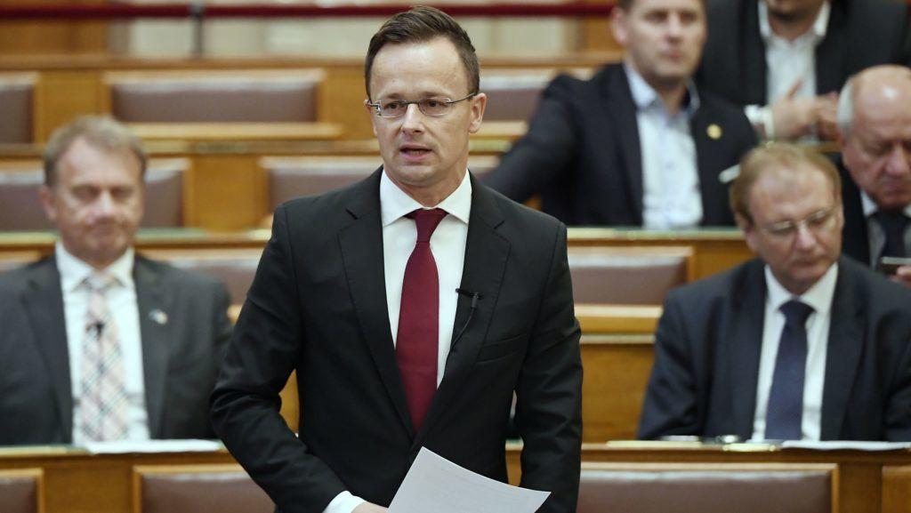 Budapest, 2019. június 11. Szijjártó Péter külgazdasági és külügyminiszter napirend elõtt beszél az úzvölgyi konfliktusról az Országgyûlés plenáris ülésén 2019. június 11-én. MTI/Koszticsák Szilárd
