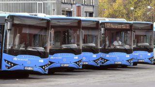 Budapest, 2018. október 18.Helyben összeszerelt Modulo buszok sorakoznak a BKV kelenföldi autóbuszgarázsában 2018. október 18-án. MTI/Máthé Zoltán