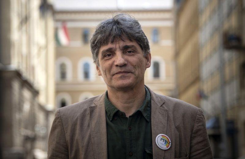Budapest, 2018. április 20.Szűcs Tamás, a Pedagógusok Demokratikus Szakszervezetének (PDSZ) újonnan megválasztott ügyvezető elnöke a PDSZ székházában 2018. április 20-án.MTI Fotó: Szigetváry Zsolt