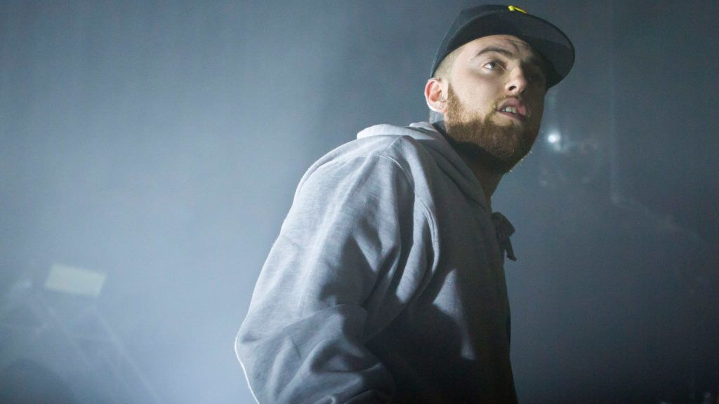 DETROIT, MI - OCTOBER 14:  Mac Miller performs in support of the GO:OD AM Tour at The Fillmore Detroit on October 14, 2015 in Detroit, Michigan.  (Photo by Scott Legato/Getty Images)