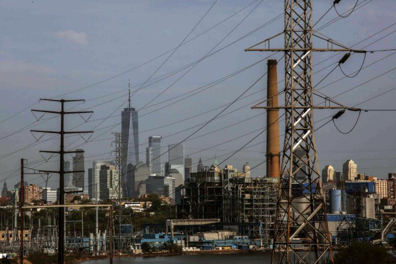 JERSEY CITY, NJ - MAY 10: The world trade center building is seen on the background of the Hudson Generating Station in Jersey City, New Jersey on May 10 2018. The U.S. Environmental Protection Agency (EPA) is opposing to the effort to repeal the historic climate change protection rule for power plants made by former President Barack Obama, Environmental Defense groups, are fighting back against the Trump administration' request to delay the litigation over the Environmental Protection Agency' (EPA) Clean Power Plan for another 60 days. (Photo by Kena Betancur/VIEWpress/Corbis via Getty Images)