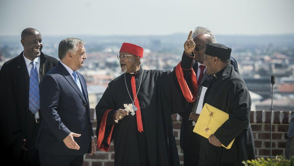 Budapest, 2019. június 18. A Miniszterelnöki Sajtóiroda által közreadott képen Orbán Viktor miniszterelnök (b2) etióp keresztény vezetõket fogad a Karmelita kolostorban 2019. június 18-án. MTI/Miniszterelnöki Sajtóiroda
