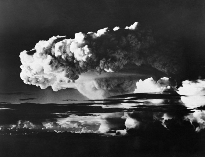 Picture taken on November 01, 1952 of the explosion of the american first H bomb, in the Enewetok Atoll, in the Marshall Islands. (Photo by - / AFP)