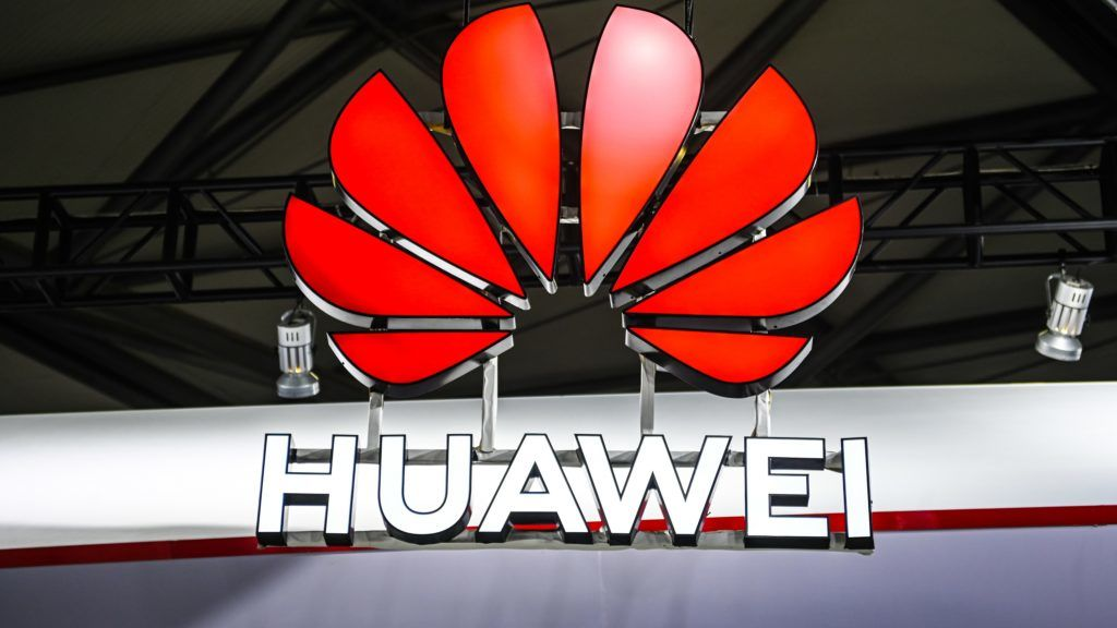 --FILE--View of the stand of Huawei during the 2019 Mobile World Congress (MWC) in Shanghai, China, 27 June 2019.   The United States government is in the process of granting approval to some companies to allow them to sell American-made goods to Huawei as long as the sale doesn't pose a threat to national security or the undermine their intellectual property rights.