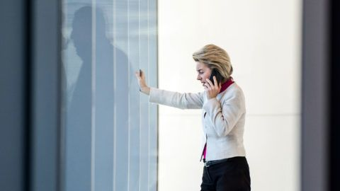 Defence Minister Ursula von der Leyen on the phone during ongoing exploratory talks by the CDU, CSU, FDP and Alliance 90/The Greens at the Bundestag (Federal Legislature) in Berlin, Germany, 07 November 2017. Photo: Silas Stein/dpa
