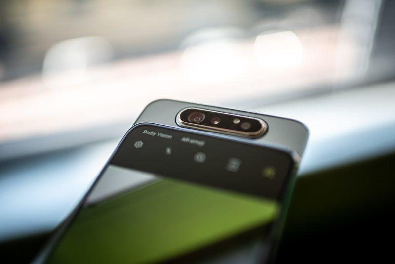 """Image: 73909241, Samsung Galaxy A80 - forgatható kamerás okostelefon. A hátlapi kamera fordul át """"szelfikamerának"""" így jobb képminõség érhetõ el., Place: Budapest, Hungary, Model Release: No or not aplicable, Property Release: Yes, Credit: smagpictures.com"""