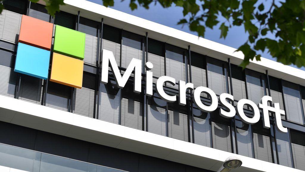 7 milliárdot fizet a Microsoft, hogy elkenje a magyarországi korrupt ügyeit