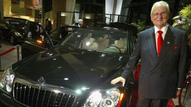"""BEVERLY HILLS , CA - OCTOBER 18:  Chrysler Chairman Lee Iacocca attends the unveiling of the new Mercedes-Benz Maybach 57S at Mercedes Benz of Beverly Hills on October 18, 2005 in Beverly Hills, California. The 605 HP V12 twin-turbo 57S sports a pricetag of $360,000 and is custom built to order with options like a champagne refrigerator and dual 9.5"""" flat screen monitors.  (Photo by Matthew Simmons/Getty Images) *** Local Caption *** Lee Iacocca"""