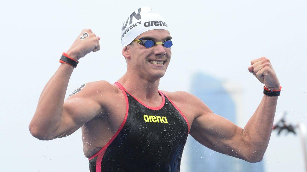 Joszu, 2019. július 13. A gyõztes Rasovszky Kristóf a nyíltvízi úszók férfi 5 kilométeres versenyének befutója után a 18. vizes világbajnokságon a dél-koreai Joszuban 2019. július 13-án. A 22 éves sportoló a szakág elsõ magyar világbajnoki aranyát szerezte meg. MTI/Kovács Tamás