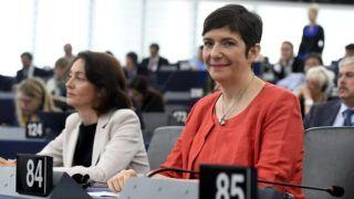 Strasbourg, 2019. július 16. Dobrev Klára, a Demokratikus Koalíció (DK) képviselõje az Európai Parlament (EP) plenáris ülésén Strasbourgban 2019. július 16-án. MTI/Koszticsák Szilárd
