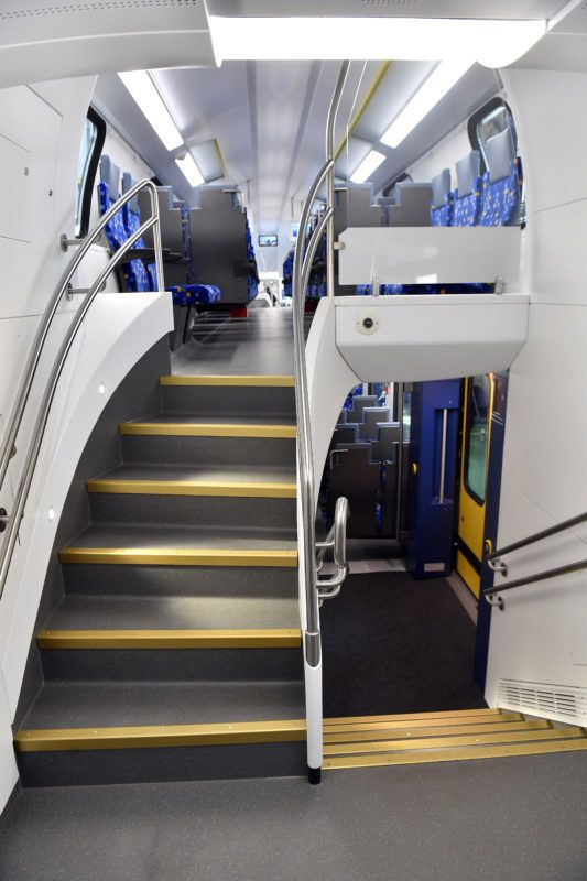 Dunakeszi, 2019. július 16. A MÁV-Start megrendelésére készült nagy kapacitású, emeletes KISS-motorvonat belsõ tere a Dunakeszi Jármûjavító Kft. gyártócsarnokában 2019. július 16-án. MTI/Máthé Zoltán