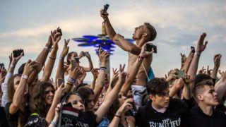 Zamárdi, 2019. július 8. Közönség G-Eazy (Gerald Earl Gillum) amerikai rapper koncertjén a Balaton Sound fesztiválon Zamárdiban 2019. július 7-én. MTI/Bodnár Boglárka