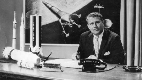 German-born rocket pioneer Dr Wernher von Braun (1912 - 1977).    (Photo by Evening Standard/Getty Images)