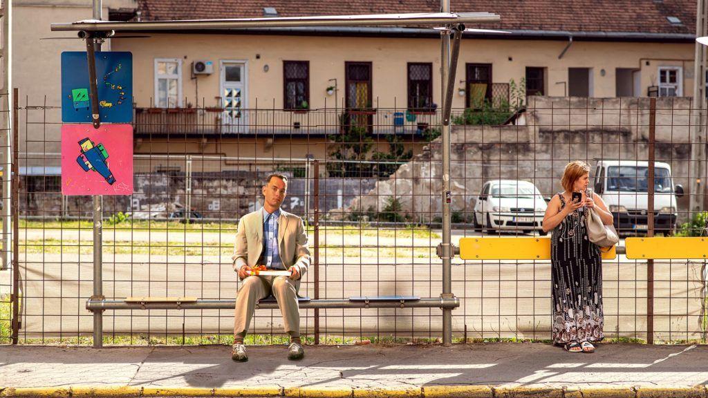 Egy magyar fotós Józsefvárosról készült fotóira rakta Havas Jont és Forrest Gumpot
