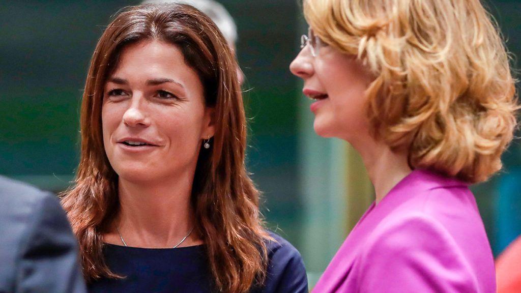 Brüsszel, 2019. július 18.Varga Judit igazságügyi miniszter (b) és Tytti Tuppurainen finn európai ügyekért felelős miniszter az Európai Unió Általános Ügyek Tanácsának brüsszeli ülésén 2019. július 18-án.MTI/EPA/Stephanie Lecocq