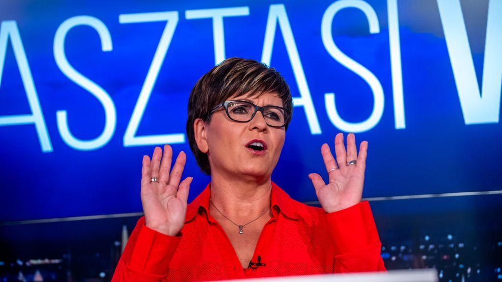 Image: 73905334, Az ellenzéki fõpolgármester-jelöltek elõválasztási vitája az ATV székházában., Place: Budapest, Hungary, Model Release: No or not aplicable, Property Release: Yes, Credit: smagpictures.com