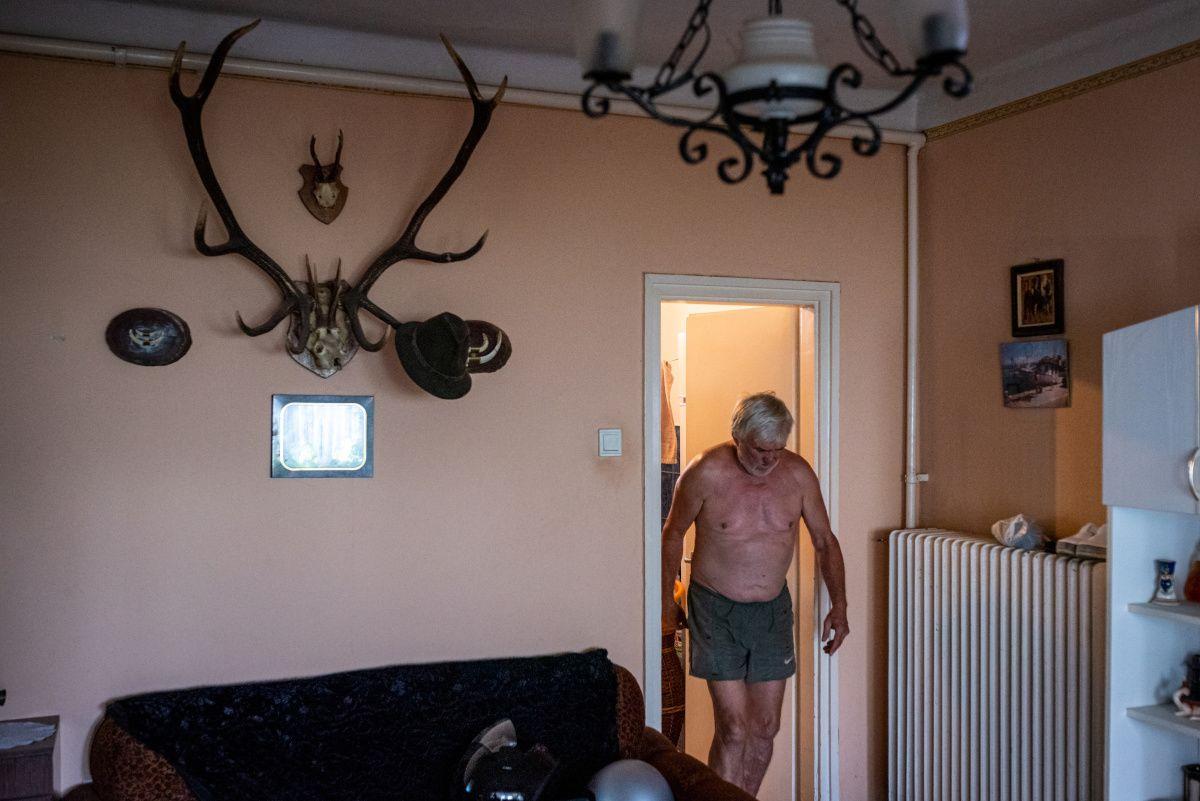 Image: 73913158, Riport Somogybabodról, ahol a statisztikák szerint a legtöbb jogosítványt vették el lakosságarányosan., Place: Somogybabod, Hungary, Model Release: No or not aplicable, Property Release: Yes, Credit: smagpictures.com