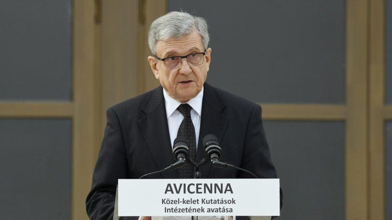Piliscsaba, 2019. április 9. Maróth Miklós akadémikus, az intézet igazgatója beszédet mond az Avicenna Közel-Kelet Kutatások Intézete épületének avatásán Piliscsabán 2019. április 9-én. MTI/Koszticsák Szilárd