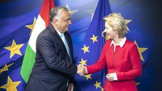 Brüsszel, 2019. augusztus 1. A Miniszterelnöki Sajtóiroda által közreadott képen Orbán Viktor miniszterelnök és Ursula von der Leyen, az Európai Bizottság új elnökének találkozója Brüsszelben 2019. augusztus 1-jén. MTI/Miniszterelnöki Sajtóiroda/Szecsõdi Balázs