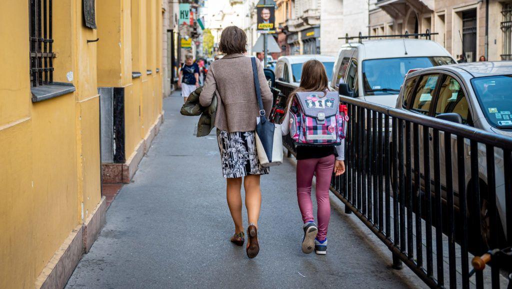 4543 betöltetlen álláshely van az oktatásban