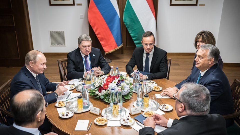 Orbán arról kesergett Putyinnak, hogy elveszítette a fővárost
