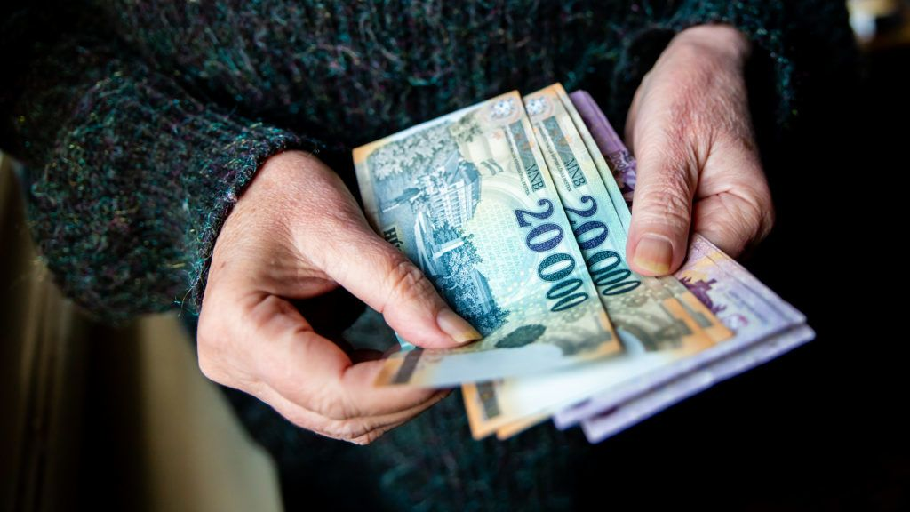 Kövér nyugdíj érkezik, átlagban 33 ezer forinttal több, mint ...
