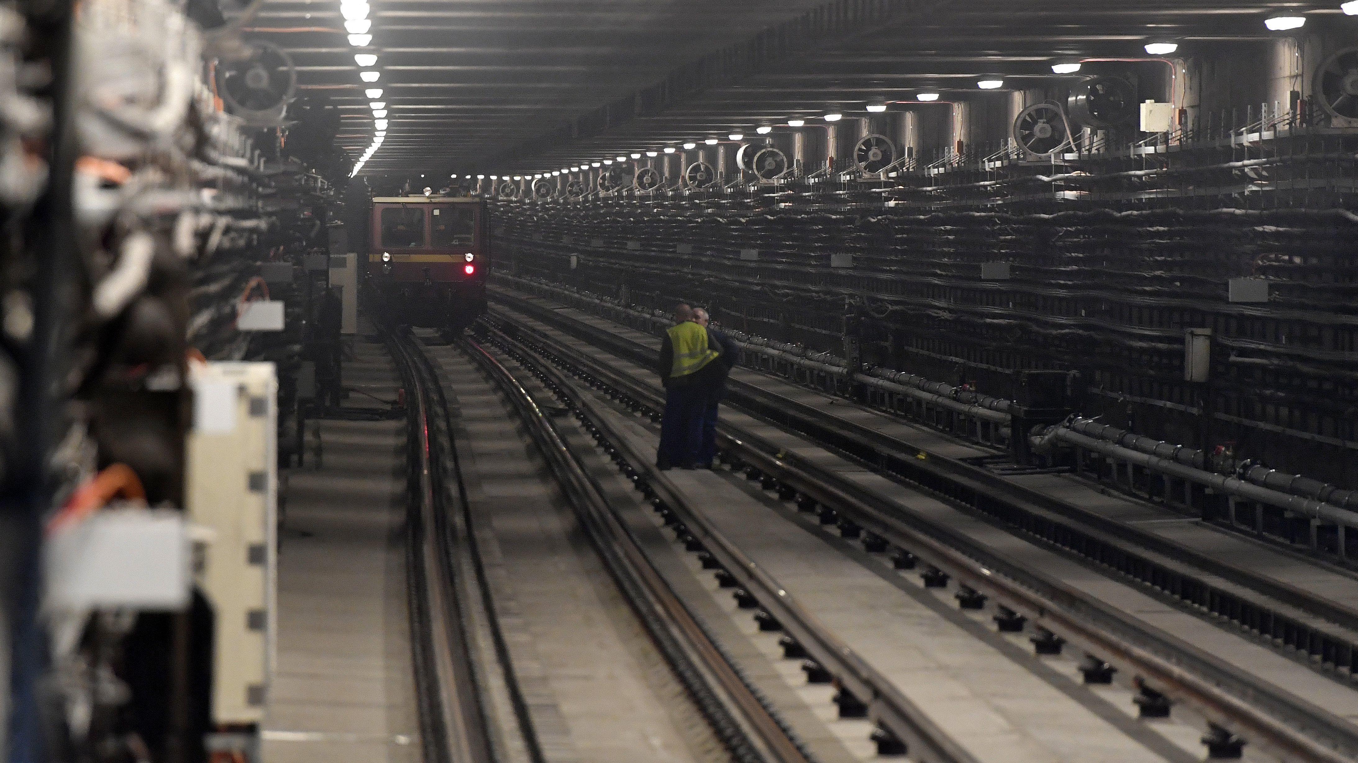 M3 metró felújítás vége