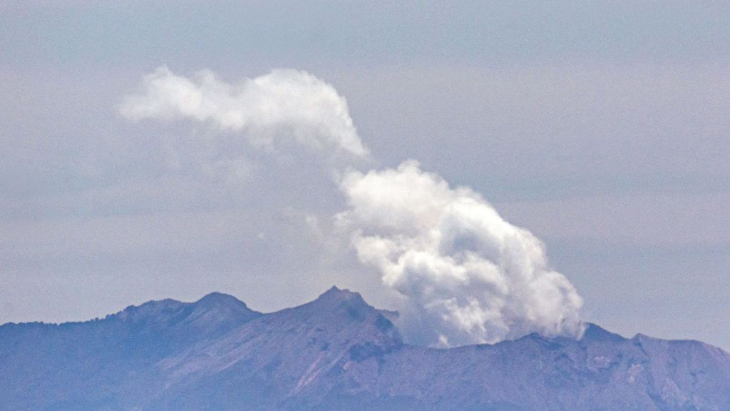Újra kitörhet a vulkán a Fehér-szigeten