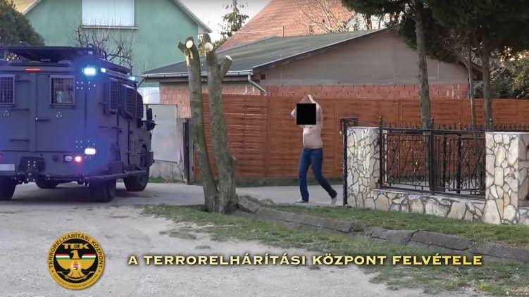kereseti internetes prostitúció)