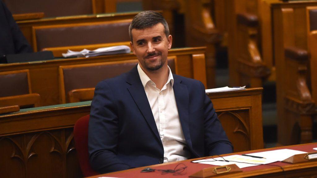 Jakab Péter teljes győzelmet aratott: rajta és csapatán múlik a Jobbik 2022-es szereplése