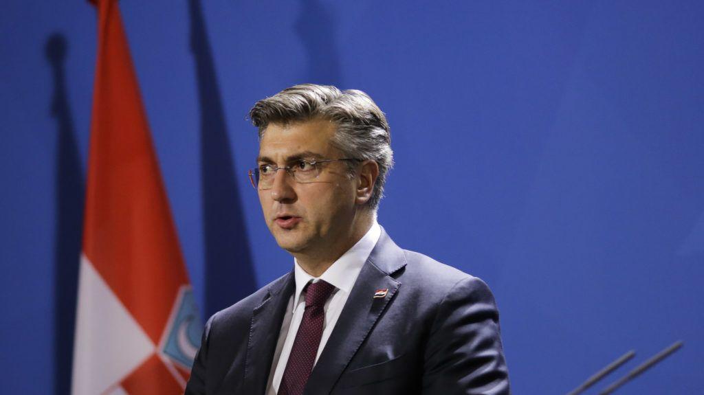A koronavírus miatt kirúgták a horvát minisztert