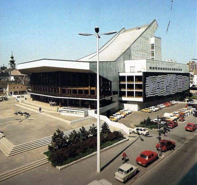 Semmi sem bizonyítja, hogy tényleg le kellene bontani a Győri Nemzeti Színházat 1