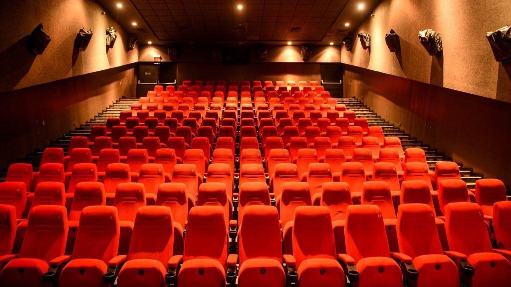 A cseheknél nemsokára újra kinyitnak a mozik