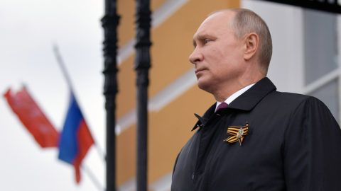 Putyin parazitának nevezte az USA t)