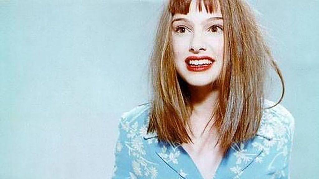 Natalie Portman az 1996-os Vogue fotójával kérdezi, vágasson-e frufrut