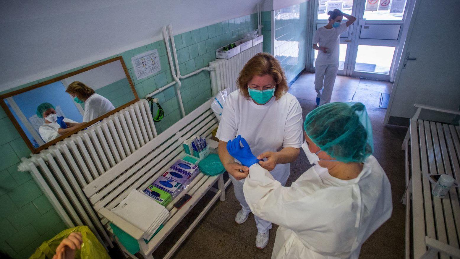 hány napig kezelik a pikkelysömör kórházban)