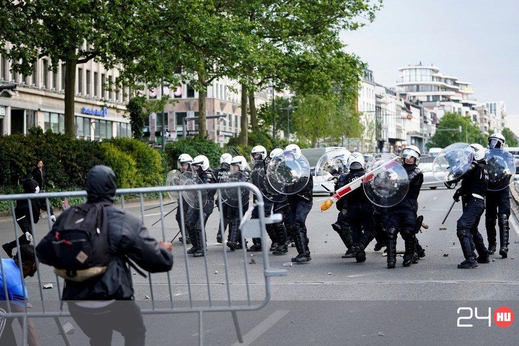 belga komoly helyszíni találkozón kérjen személyes meet