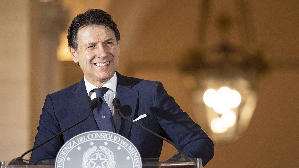 Új pártot alapíthat az olasz miniszterelnök